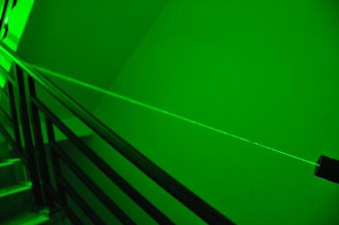 満天の星 緑レーザーポインター