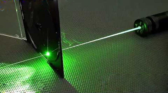 レーザーポインターグリーン超強力