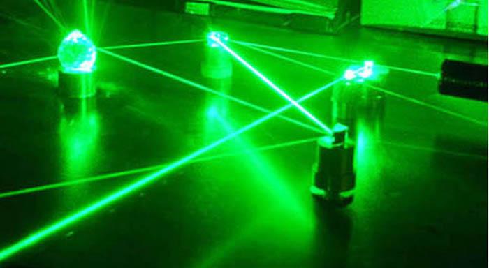超強力10000mW 532nm 緑レーザーポインター 星キャップ付き 緑光 グリーン10W