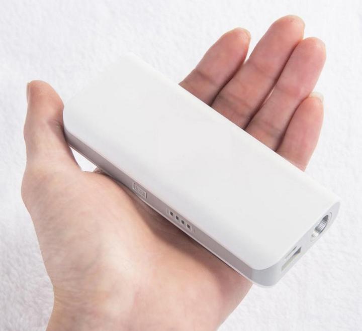 機能型モバイルバッテリー価格最安比較