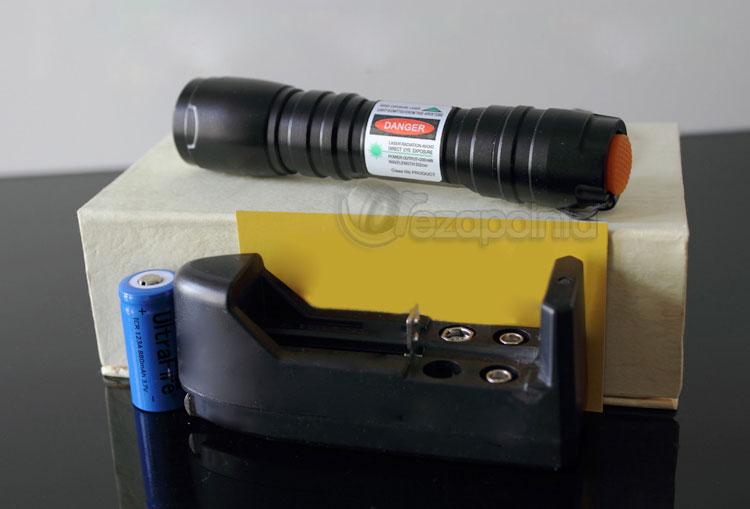 携帯型 レーザーポインター