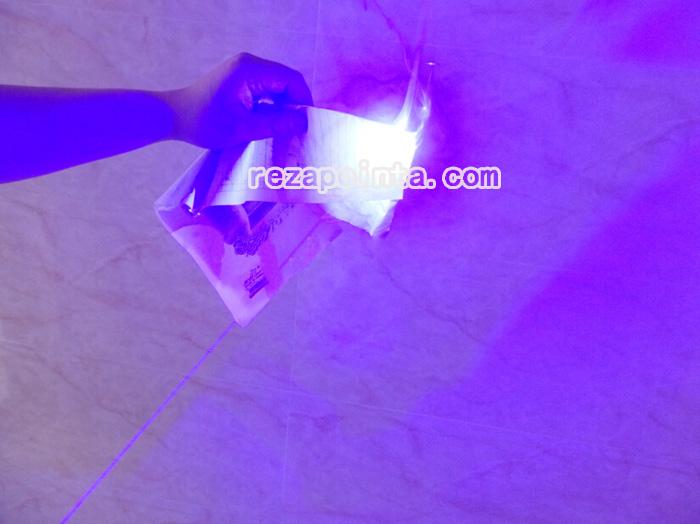 レーザーポインター一番強い光