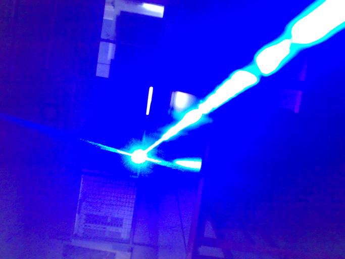 60000mw(60W)超高出力レーザーポインター