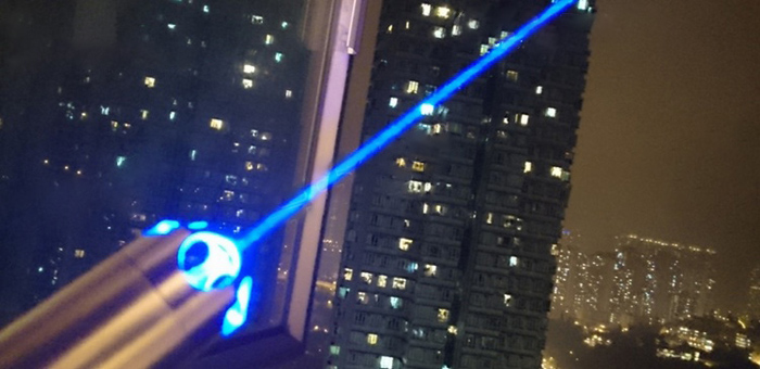 青色超高出力レーザーポインター