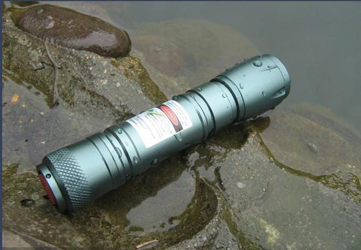 レーザーポインター グリーン防水防塵
