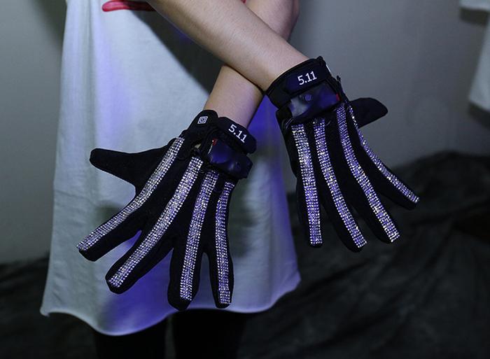 LEDグローブ 光る手袋