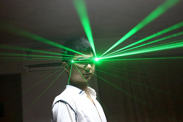 LED発光メガネ具