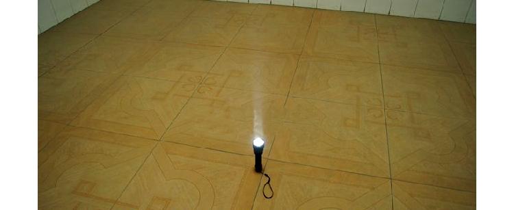 懐中電灯 携帯便利