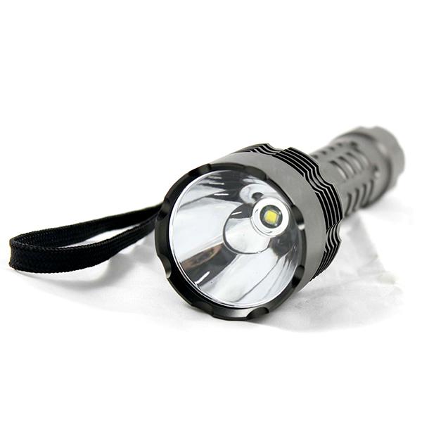 強力懐中電灯 LED