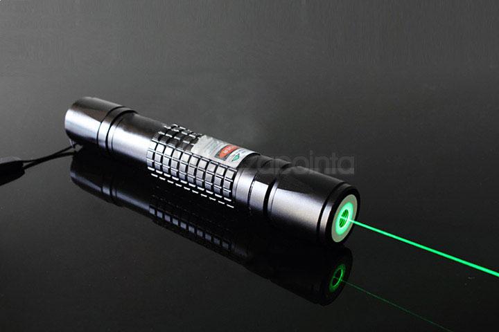 100mW 高出力レーザーペン