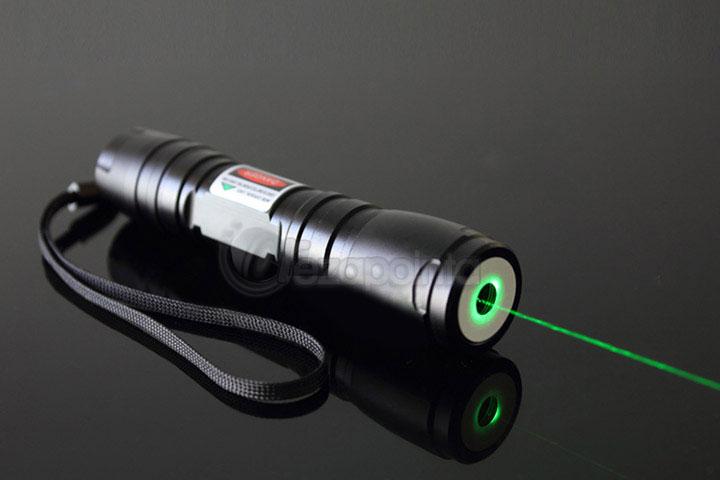100mW 緑レーザーポインター