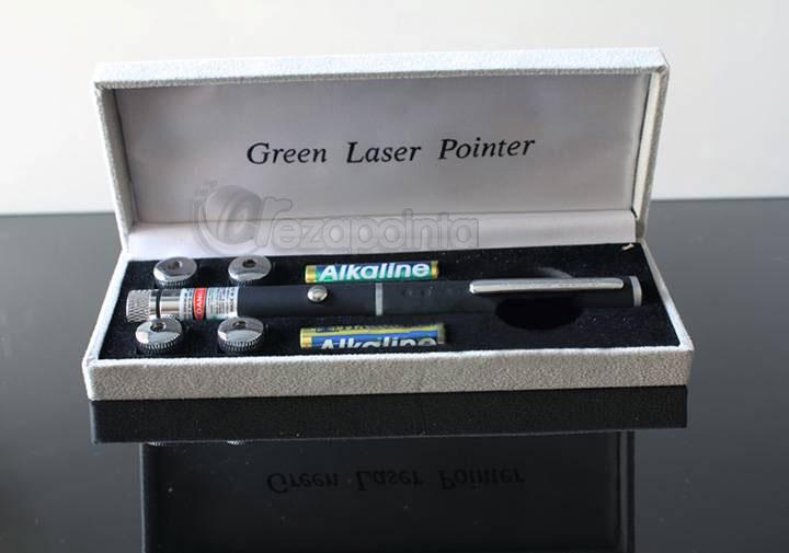 緑色ペンタイプレーザー