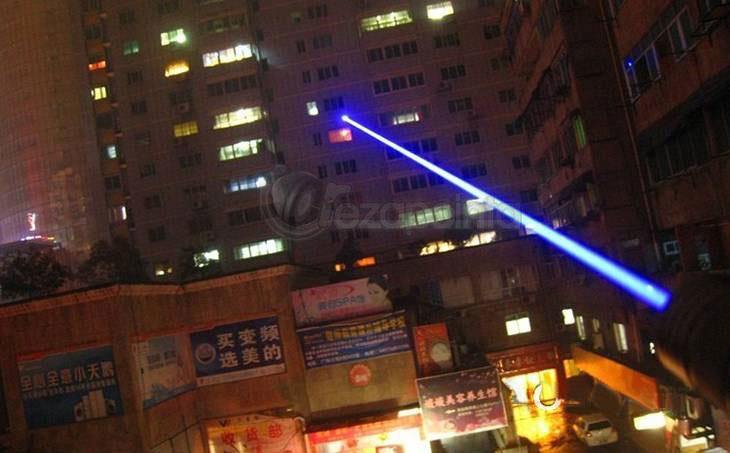 青レーザーポインター 高出力