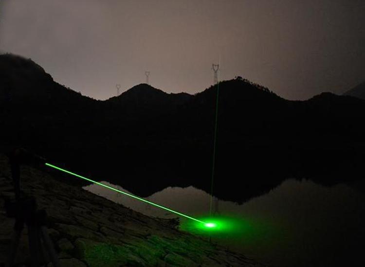 レーザーポインター緑強力