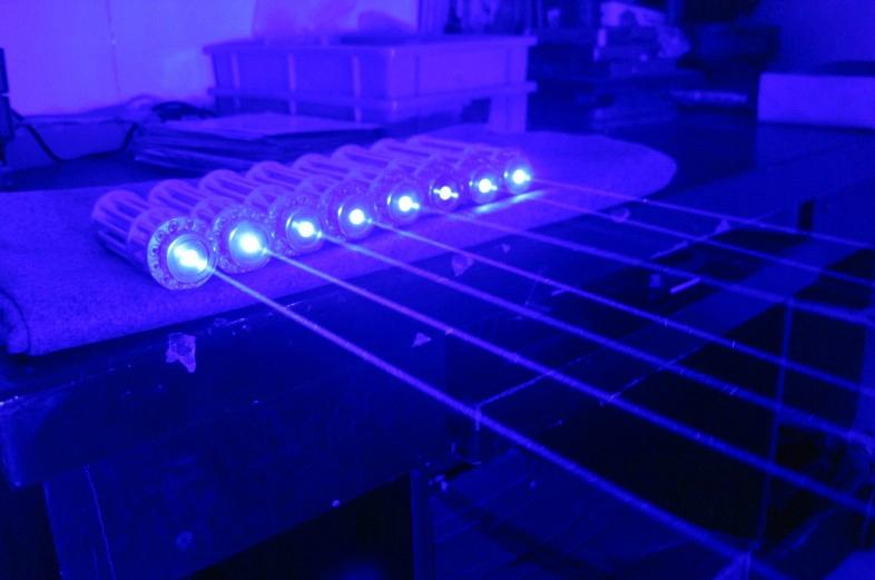 3000mw青色レーザーポインター