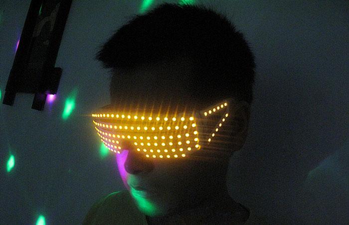 ダンス LEDレーザーメガネ+パーティー LED発光眼鏡